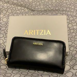Aritzia coin/card wallet